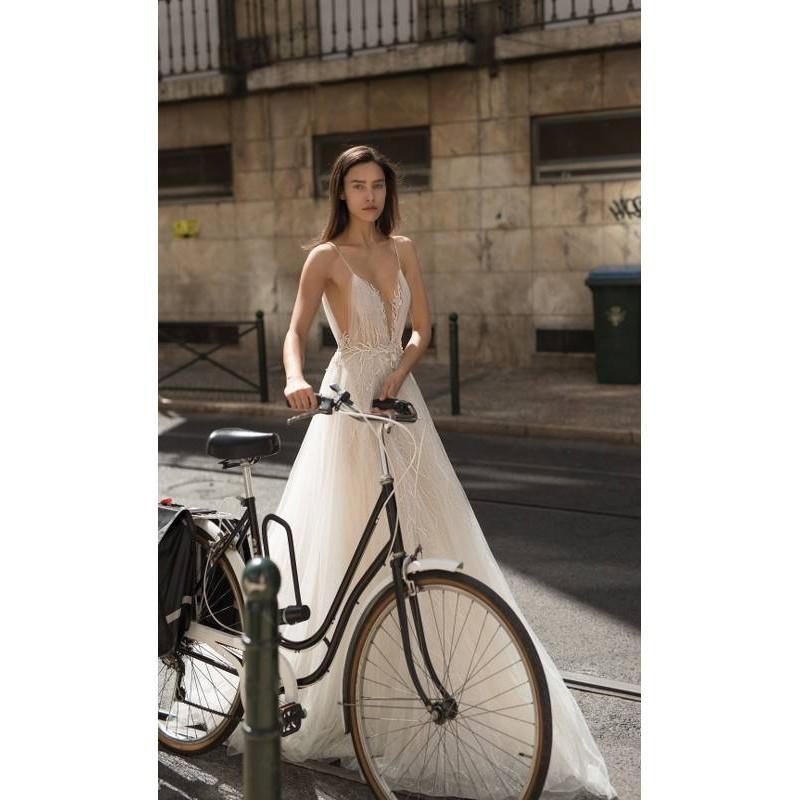 Mariage - Liz Martinez 2018 Sweet Ivory Sweep Train Sleeveless Outdoor Spaghetti Straps Aline Lace Beading Spring Wedding Dress - Charming Wedding Party Dresses