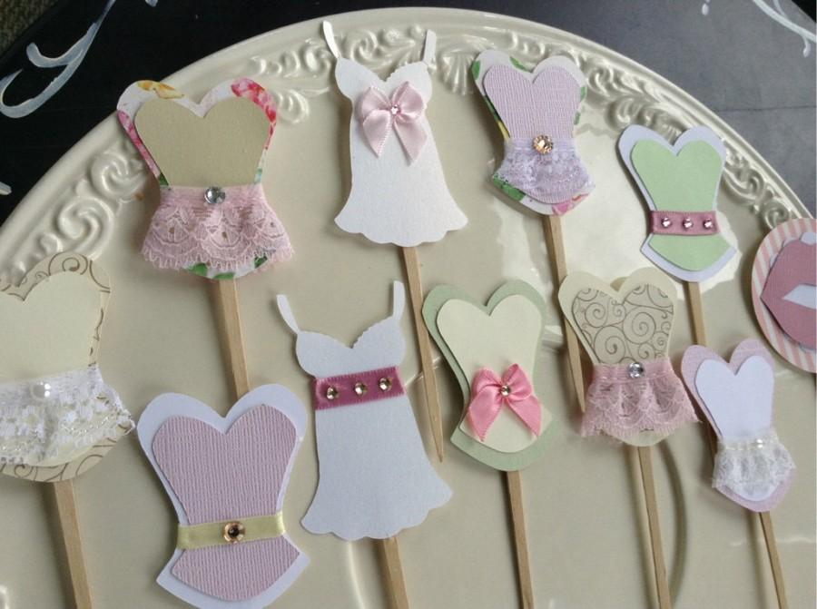 زفاف - Bachelorette party cupcake toppers corset lingerie lips and high heel MIX and MATCH set of 12 SHABBY chic vintage look
