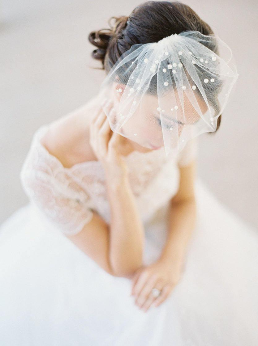 Свадьба - Mini birdcage veil with pearls, polka dot pearls, small bridal veil, mini wedding veil Style 627