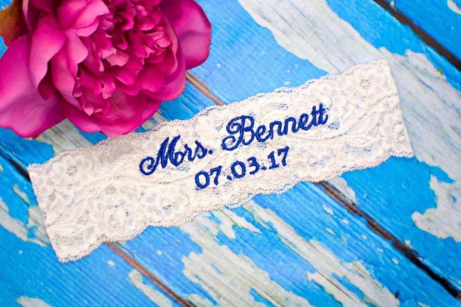 Hochzeit - Monogrammed Garter