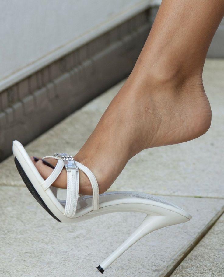 Milf footdom