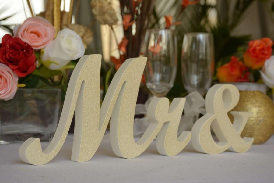 Wedding - Wedding Mr & Mrs signs for Table Decoration - Ivory with GOLD dust on picture 1, Lavender on pic 5