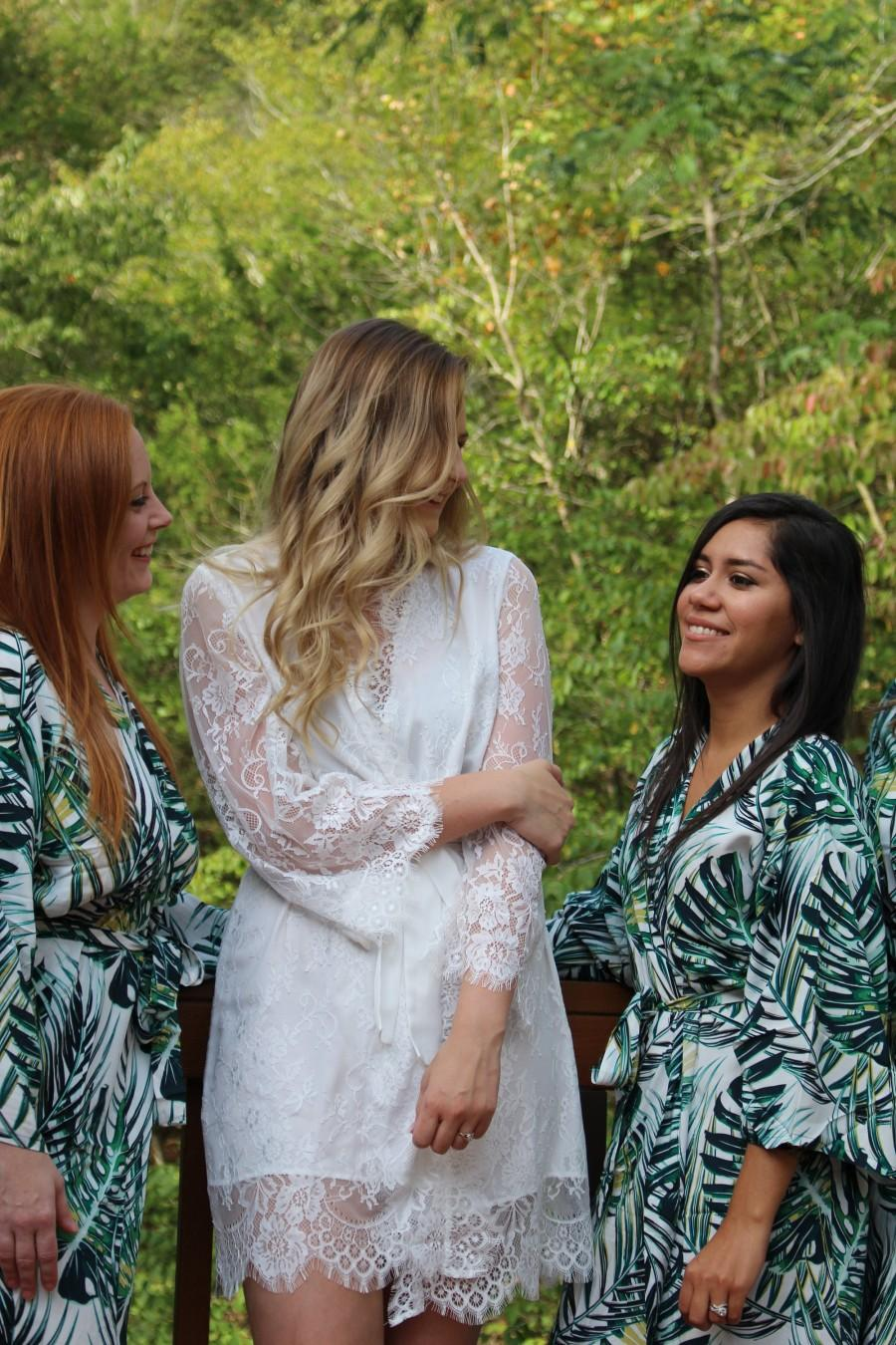 Hochzeit - Bridesmaid Lace Robe