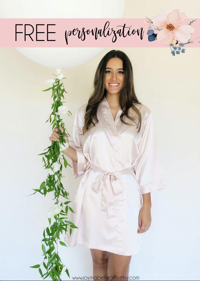 Hochzeit - Short Kimono Satin Robe For Wedding. Bridesmaid Robes. Blush Bridal Robe. Personalized Robes. Custom Robes