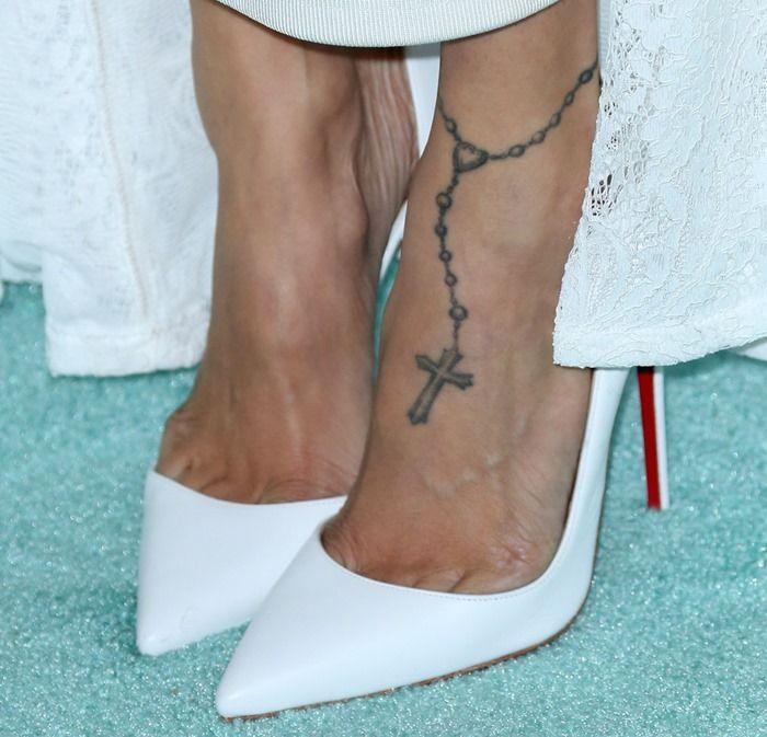 زفاف - Jourdan Dunn Or Nicole Richie: Who Looks Best In White Christian Louboutin Pumps?