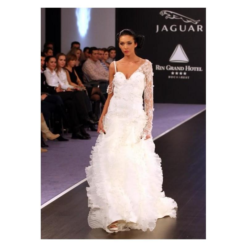 Свадьба - Laura Olteanu wedding-dresses-2008-2009 Style 76 -  Designer Wedding Dresses
