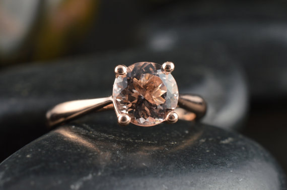 Mariage - Talia - Morganite Engagement Ring in Rose Gold, Round Brilliant Cut, Solitaire, 1.8mm Domed Band, Classic Cathedral Style, Free Shipping