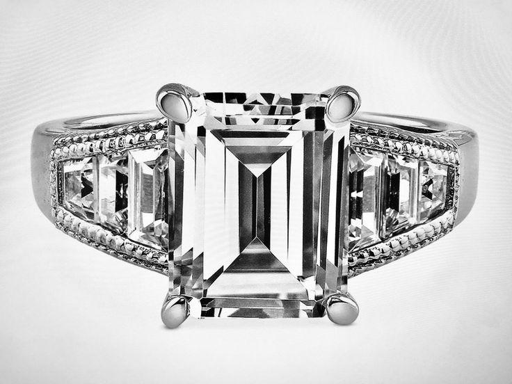 Düğün - A Perfect 4CT Emerald Cut Russian Lab Diamond Engagement Wedding Anniversary Ring