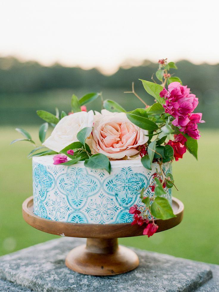 Свадьба - Mexico Inspired Wedding Ideas With Bougainvillea