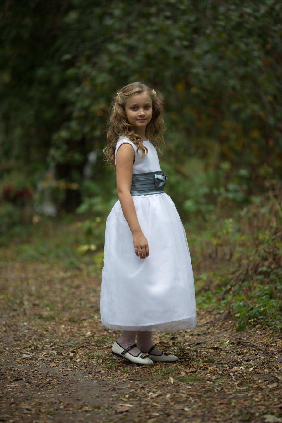 زفاف - Flower girl dress, White girl dress, Country flower girl, dress with bow, Baby dress, Birthday girl dress
