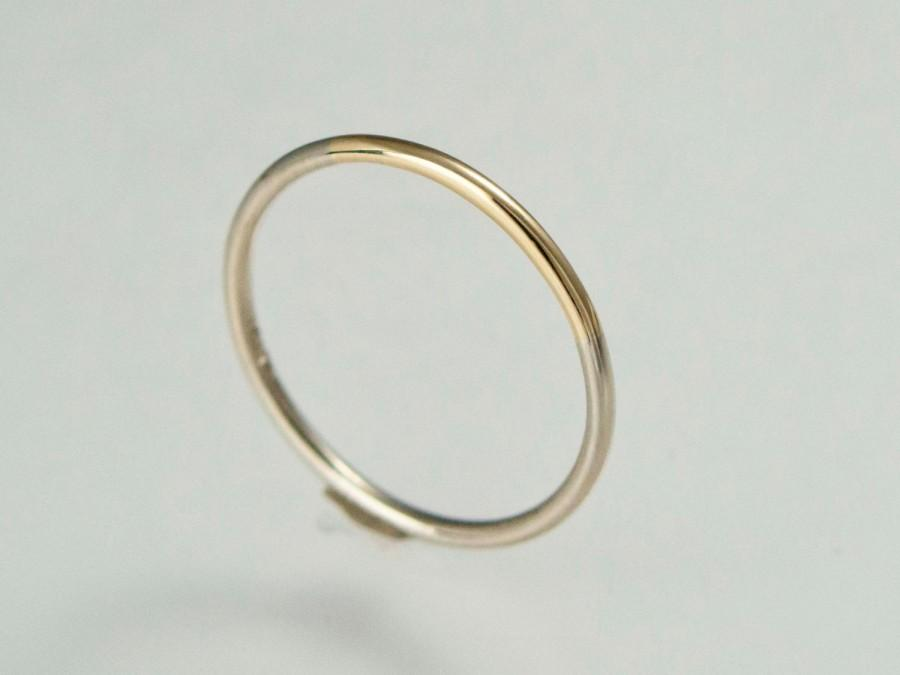 Mariage - Solid Gold Two Tone Wedding Band - 1.3mm Round Married Ring in a mix of white yellow or rose gold