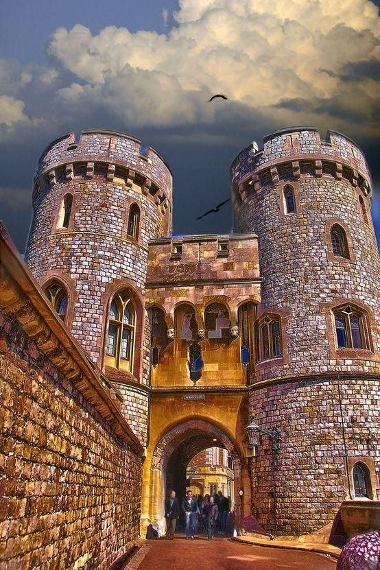 Mariage - Norman Gate, Windsor Castle, England.