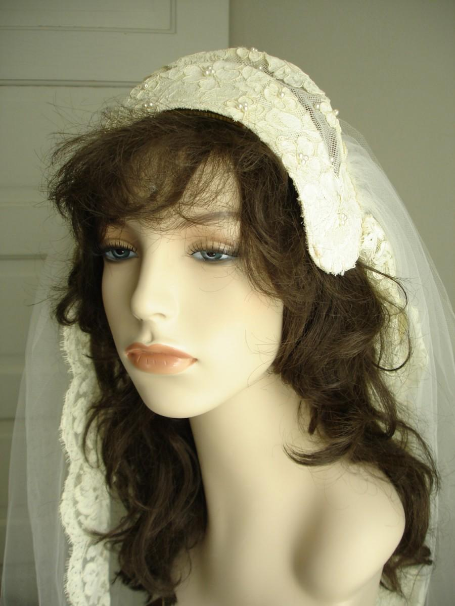 Mariage - Priscilla of Boston Pearl Bead Lace Juliet Cap and Lace Trimmed Cathedral Veil in Antique