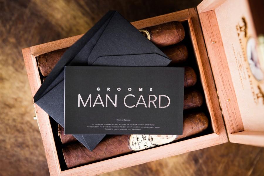 Hochzeit - Will you be my Groomsman? FUNNY Groomsman Proposal - The MAN CARD