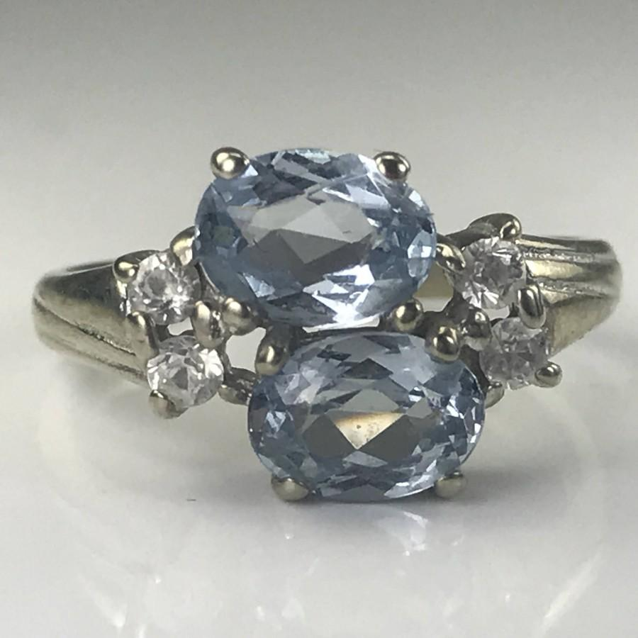 Mariage - Vintage Tanzanite and Topaz Ring in a 10k White Gold. 2 Oval Tanzanite. Unique Engagement Ring. December Birthstone. 24th Anniversary Gift