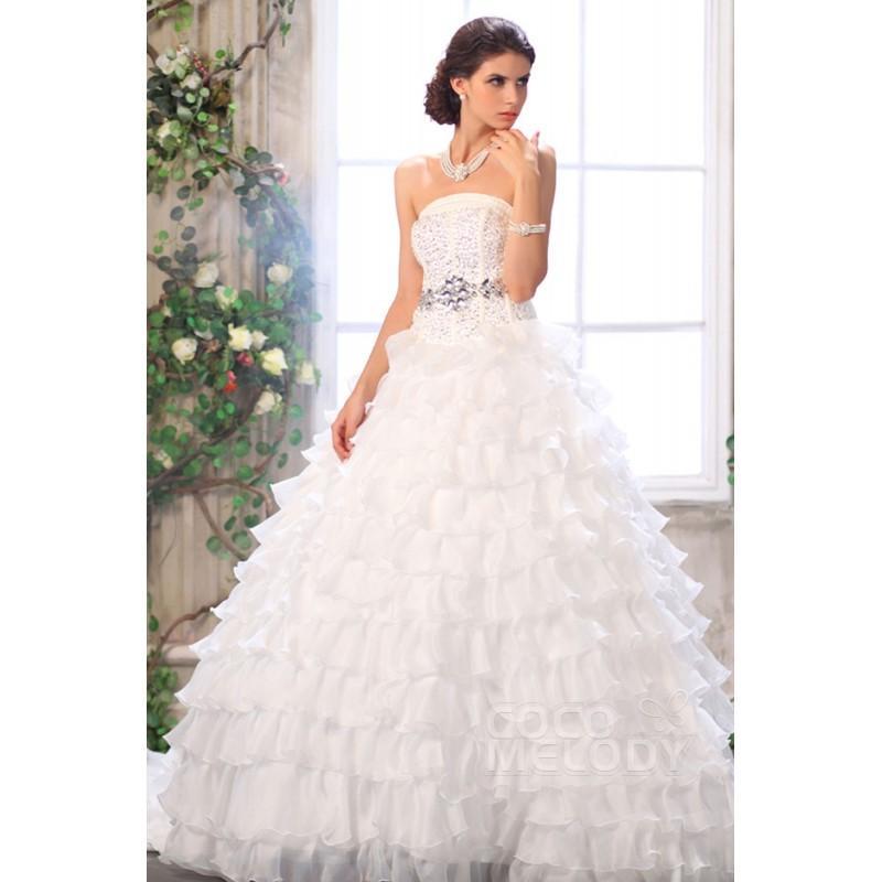 Wedding - Fantastic Princess Strapless Chapel Train Organza Wedding Dress CWLT13033 - Top Designer Wedding Online-Shop