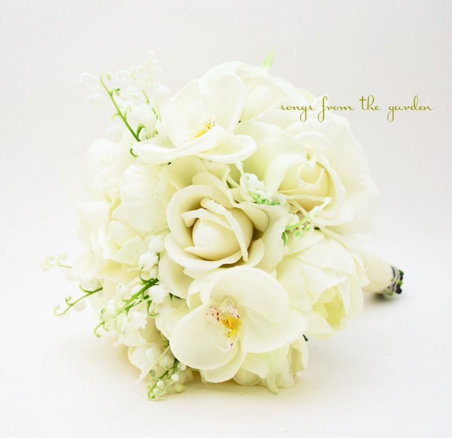 Mariage - Real Touch Bouquet Lily of the Valley Peonies Orchid Roses Calla Lilies Real Touch Orchid Groom's Boutonniere - Silk Flower Bridal Bouquet