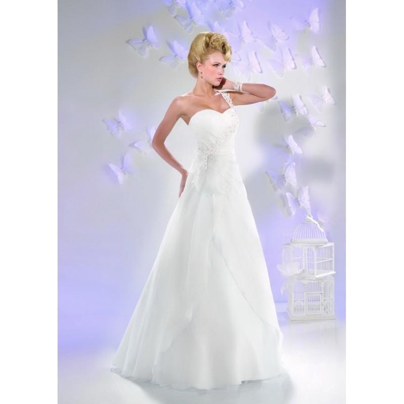 Robes de mari e just for you 2016 165 06 superbe for Magasins de robe de mariage milwaukee