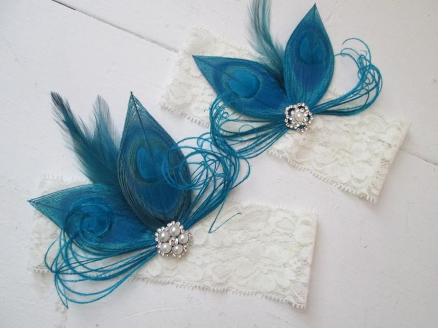 Mariage - Teal Blue Peacock Wedding Garter Set, Ivory Lace Garter, Rustic- Vintage Bridal Garters w/ Bling, Feathers, Gatsby Bride, Something Blue
