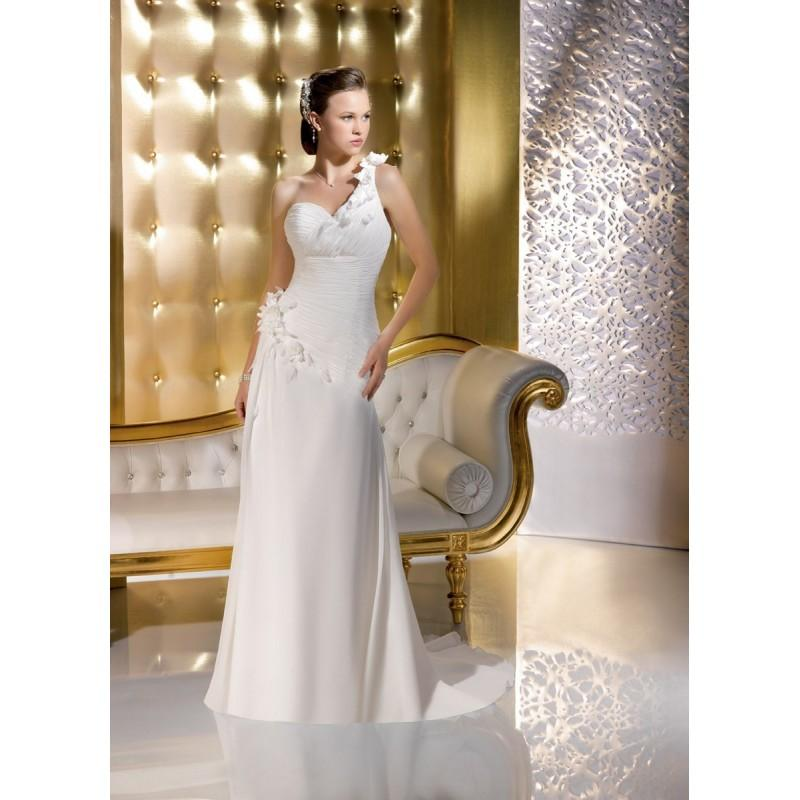 Wedding - Just for you, 135-36 - Superbes robes de mariée pas cher