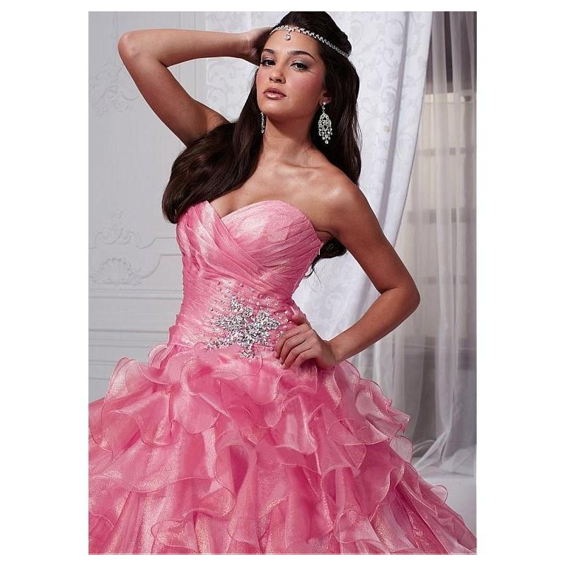 Mariage - Charming Diamond Tulle Sweetheart Neckline Floor-length Ball Gown Quinceanera Dress - overpinks.com