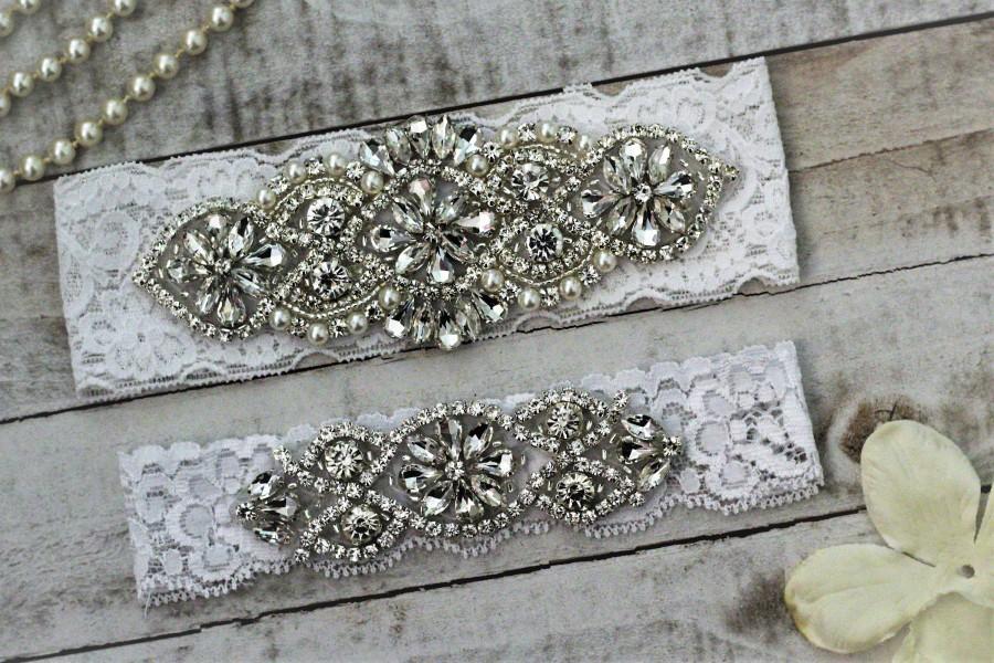 Mariage - SALE - Lace Wedding Garter Set, bridal garter set, vintage rhinestones, pearl and rhinestone garter set