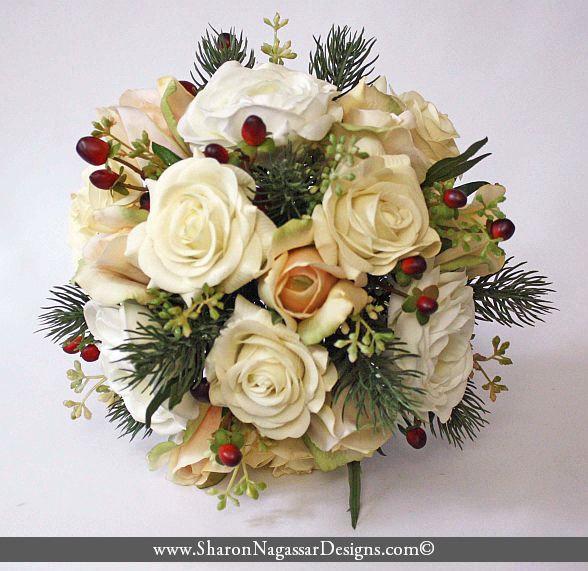 Hochzeit - Blush, cream, red, ivory, Bouquet, pine, rose, ranunculus, hypericum berries, Real Touch flowers, winter, christmas, silk wedding flowers