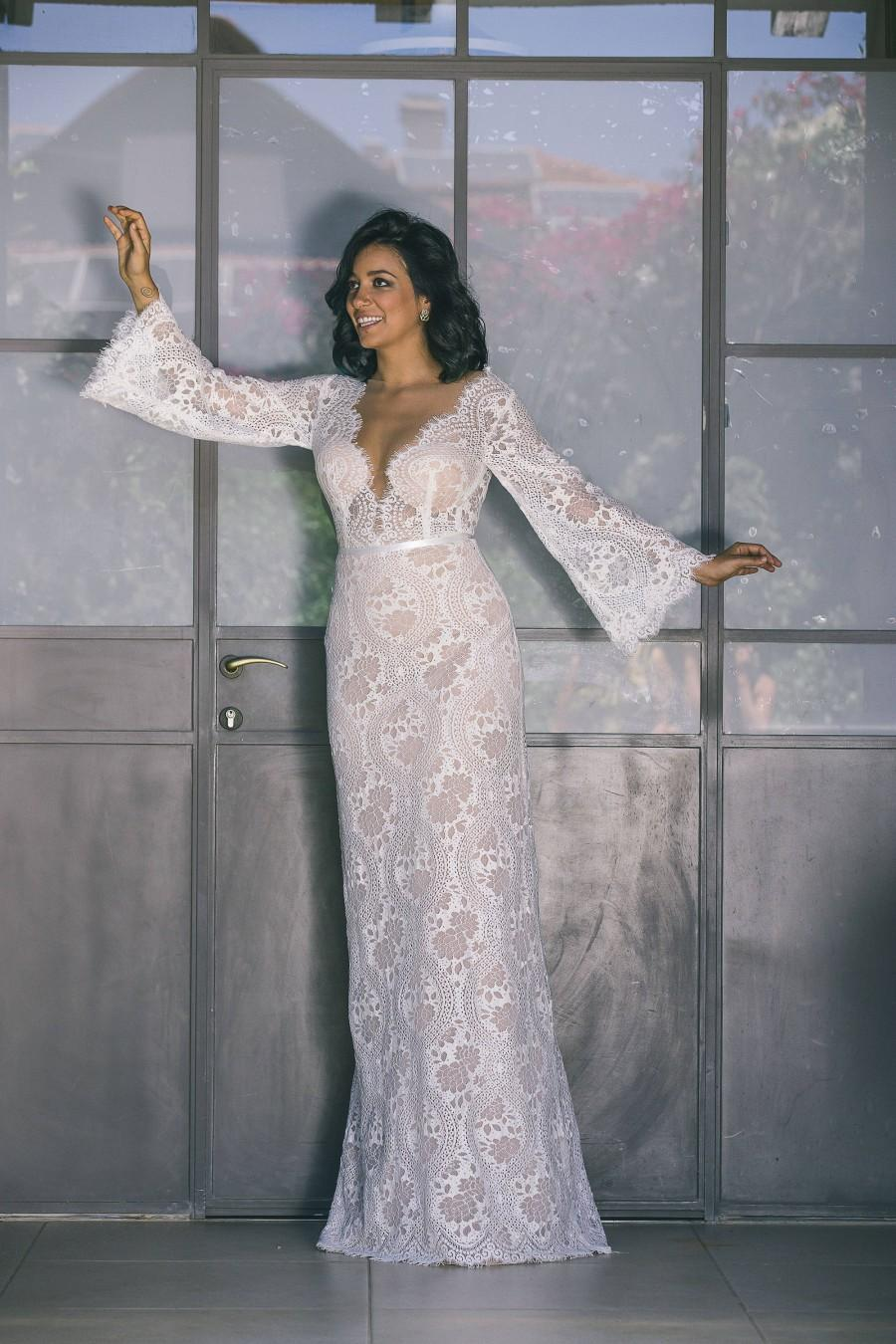 Mariage - Bohemian Wedding Dress, Boho Wedding Dress,  Backless Wedding Dress, Long Sleeve Wedding Dress, Lace Boho Wedding Dress