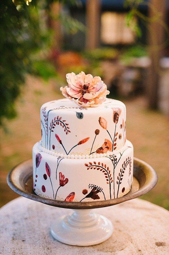 Hochzeit - 14 Amazing Fall Cakes That Look Almost Too Beautiful To Eat