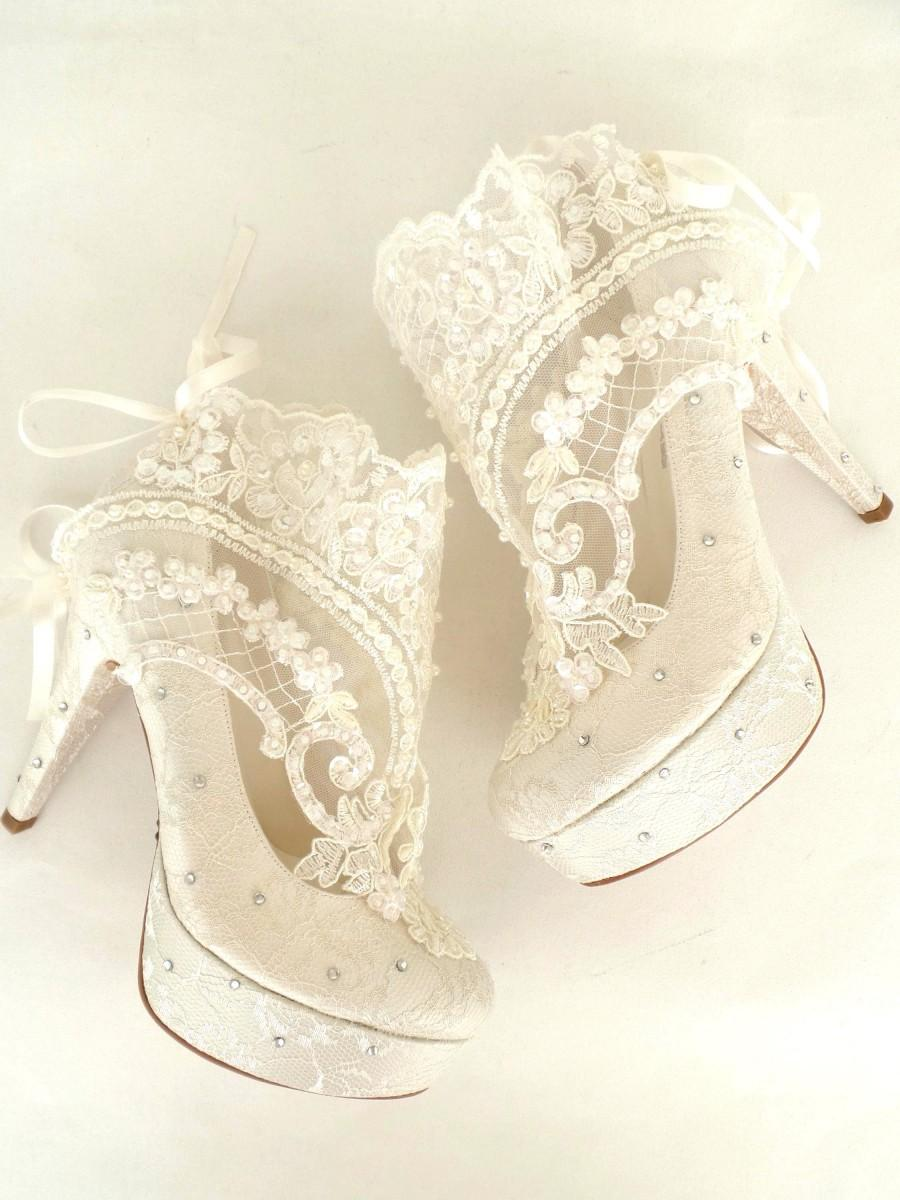 Hochzeit - CHRISTMAS SALE! Wedding Shoes - Something Blue Bridal Shoes- Embroidered Ivory Lace Booties with Rhinestones