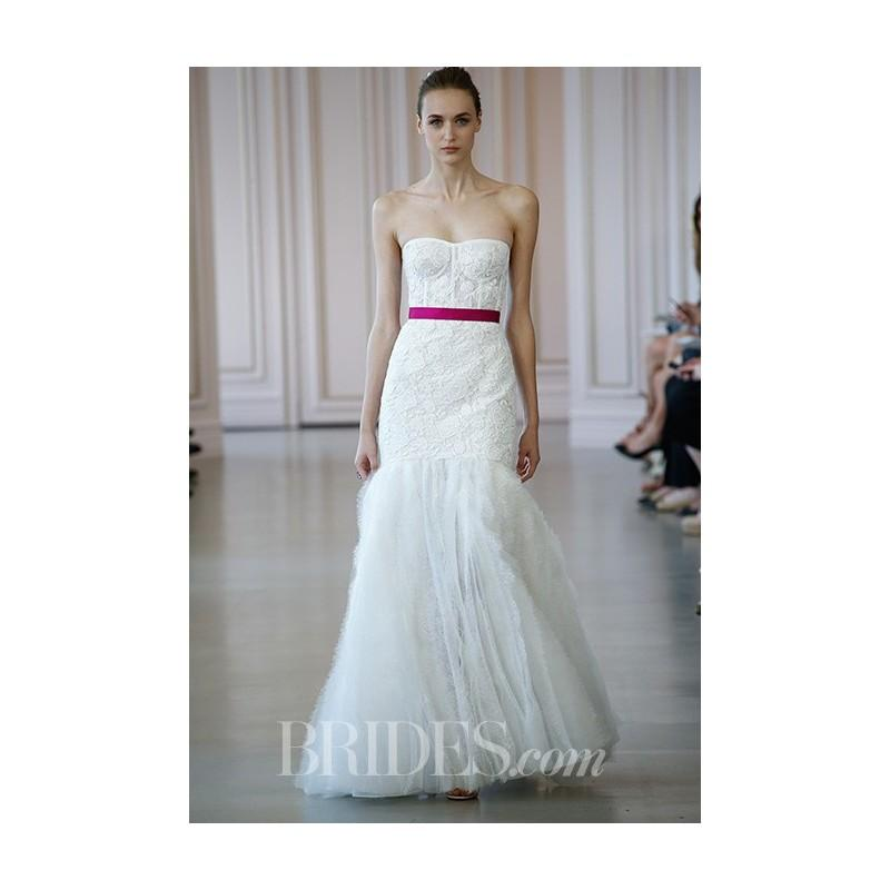 Oscar De La Renta Spring 2017 Wedding Dress Collection: Strapless A-Line Lace
