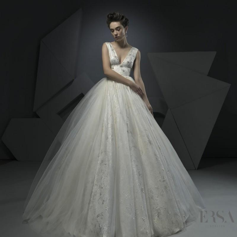 Ersa atelier springsummer 2018 miss ruth v neck elegant beading ersa atelier springsummer 2018 miss ruth v neck elegant beading chapel train sleeveless tulle ivory ball gown bridal gown 2017 spring trends dresses junglespirit Choice Image