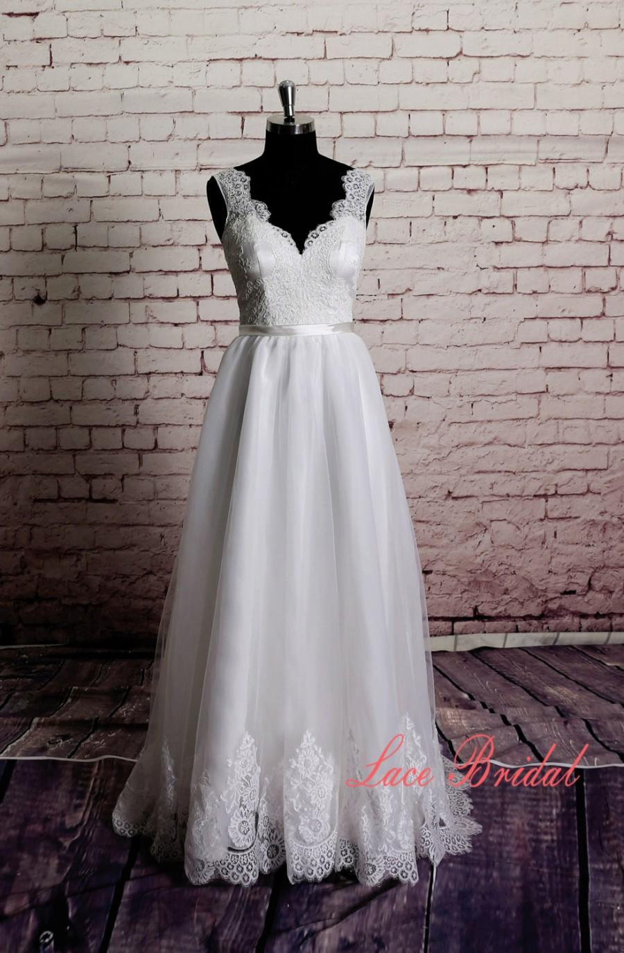 Mariage - Gorgeous Lace Wedding Dress Sheer Lace Neckline with Sweetheart Underlay and Open Back Design A-line Wedding Gown