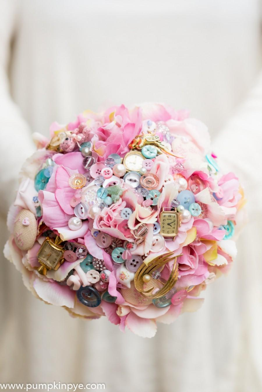 Hochzeit - Vintage tea party flower and button bouquet