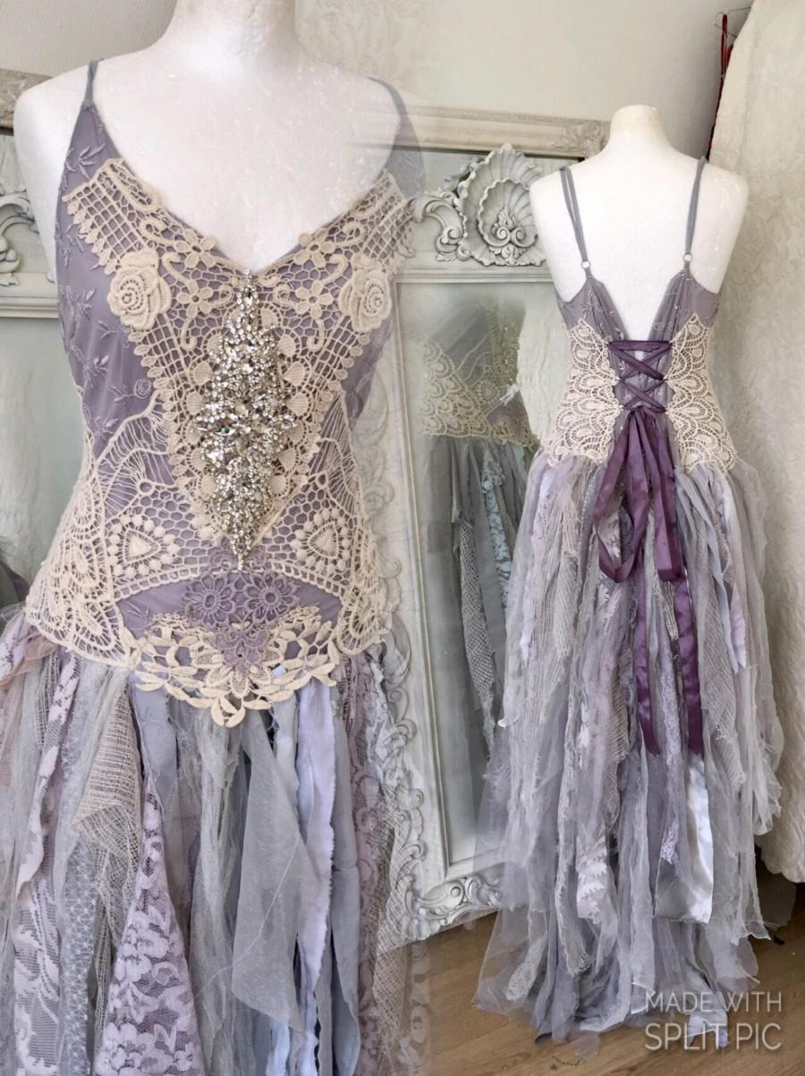 Свадьба - Corset wedding dress lavender,bridal gown purple,beach wedding dress lavender,boho wedding tulle,pagan wedding dress, farm wedding lavender