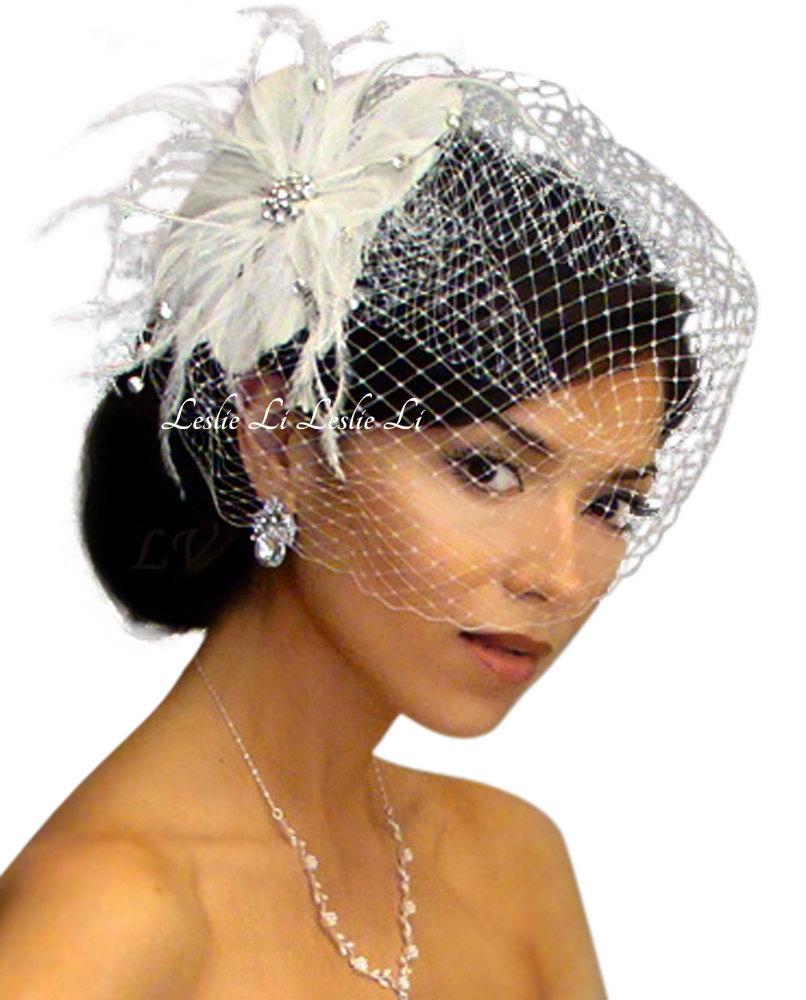 Свадьба - Leslie Li Cecila Style Feather Hair Clip with Bridal Birdcage Veil 21-F31
