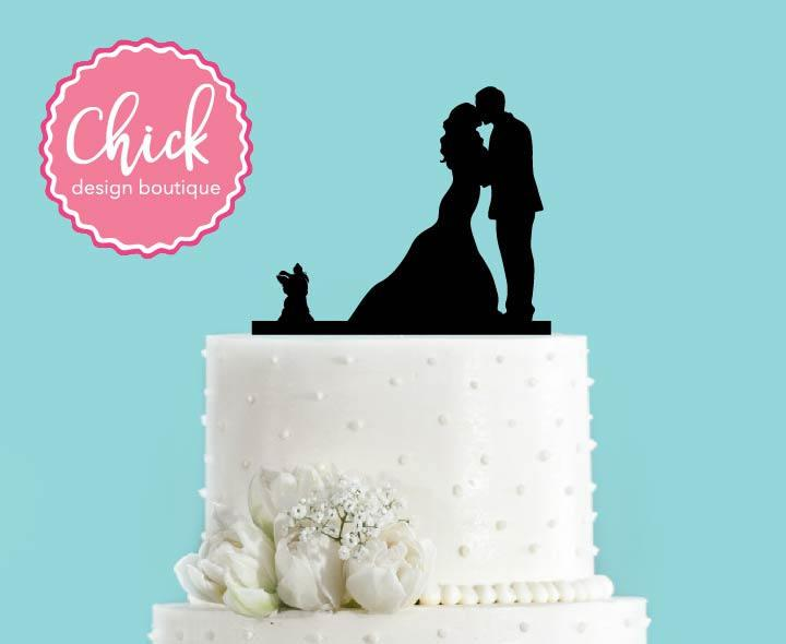 Свадьба - Couple Kissing with Yorkshire Terrier Dog Acrylic Wedding Cake Topper