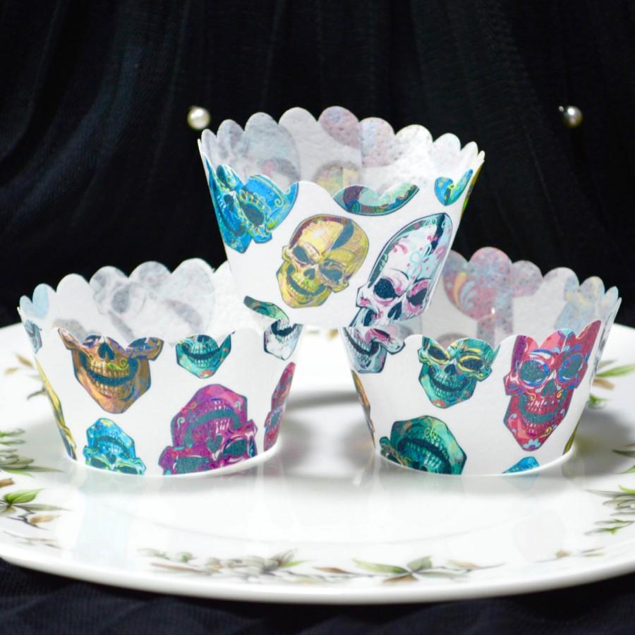 Свадьба - Edible Cupcake Wrappers Calavera Sugar Skulls Chintz x 12 Wafer Paper Day of the Dead Decorations Halloween Pattern Fairy Cake Cupcake