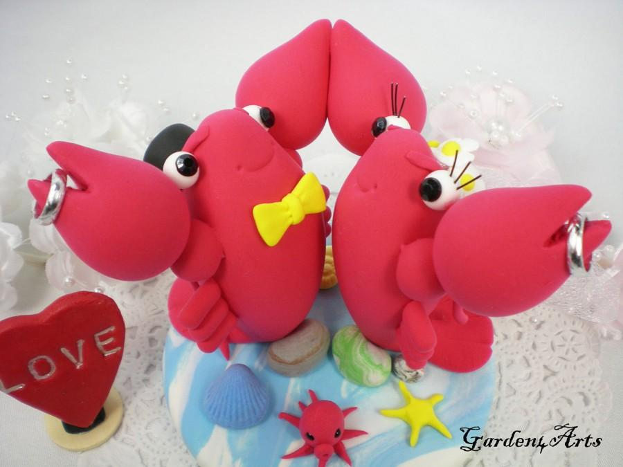 Свадьба - Custom Wedding Cake Topper-- Love Lobster Couple with Sweet Rings and Clay Ocean Base