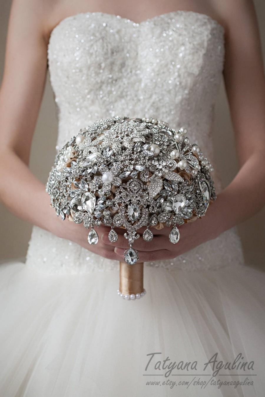 Mariage - READY TO SHIP Brooch Bouquet Wedding Bouquet, Bridal Bouquet, Bridesmaids Bouquet Champagne Silver Bouquet, Crystal Bouquet, Broach Bouquet