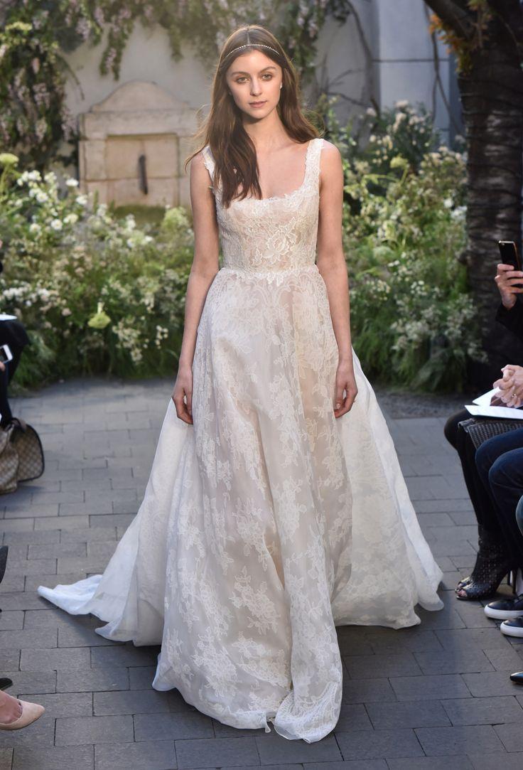 Свадьба - Monique Lhuillier Bridal Spring 2017