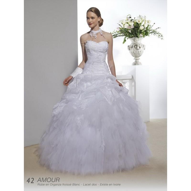 Hochzeit - Robes de mariée Annie Couture 2016 - amour - Superbe magasin de mariage pas cher