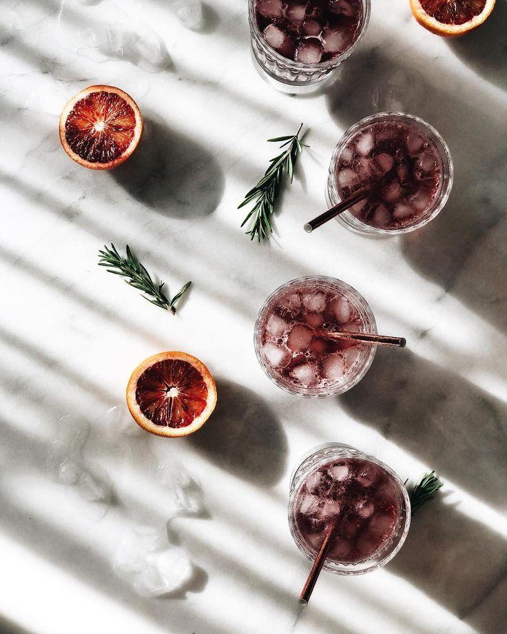 زفاف - 10 Holiday Cocktails You Need To Make This Weekend