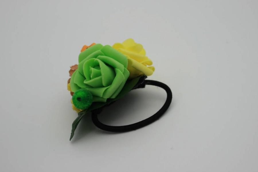 Boda - Flower hair tie Yellow Green rose Floral Bridal hair piece Wedding hair tie Boho hair style Bridesmaid gift Festival headpiece Gift for her - $10.00 USD