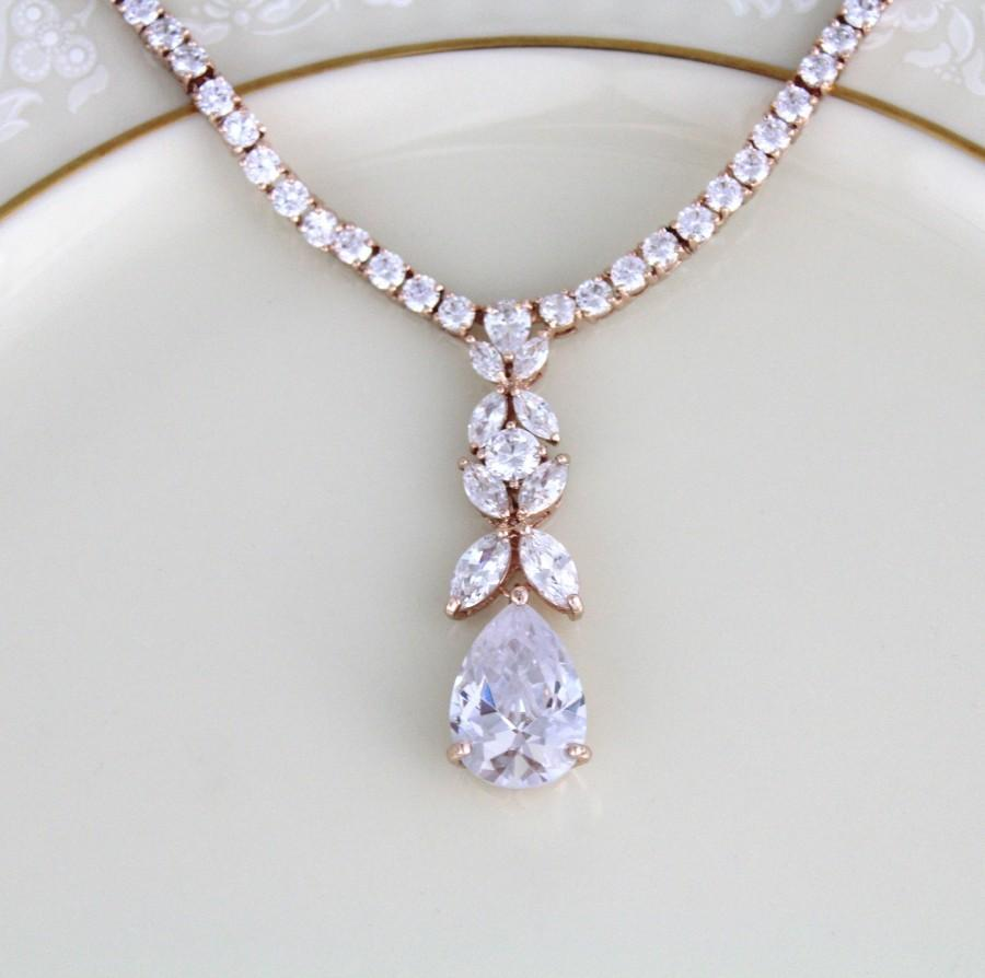 Mariage - Rose gold necklace, Bridal necklace, Bridal jewelry, Bridal earrings, Wedding jewelry set, Rose Gold jewelry, Teardrop Crystal necklace