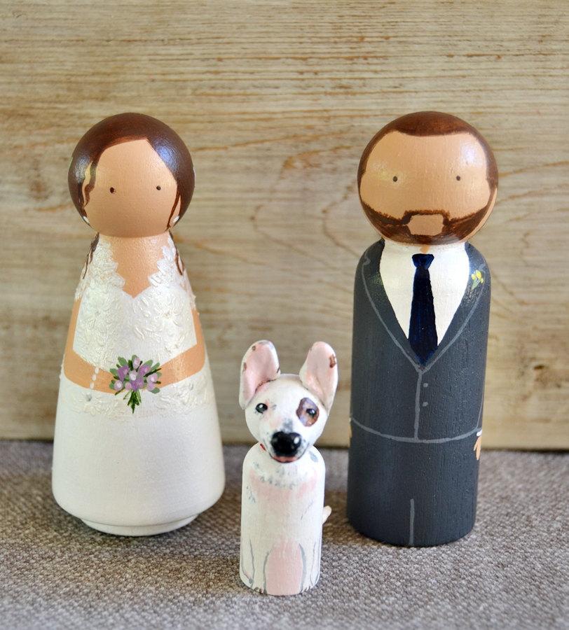 Wedding - Wedding Cake Topper With Cat or Dog, Personalized Cake Topper Dog, Wooden Cake Topper Handpainted, Pet Peg Doll Cake Topper. Custom Topper. - $76.95 EUR