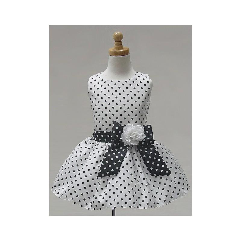 Свадьба - White Polka Dot Taffeta Short Skirt Dress Style: D3990 - Charming Wedding Party Dresses