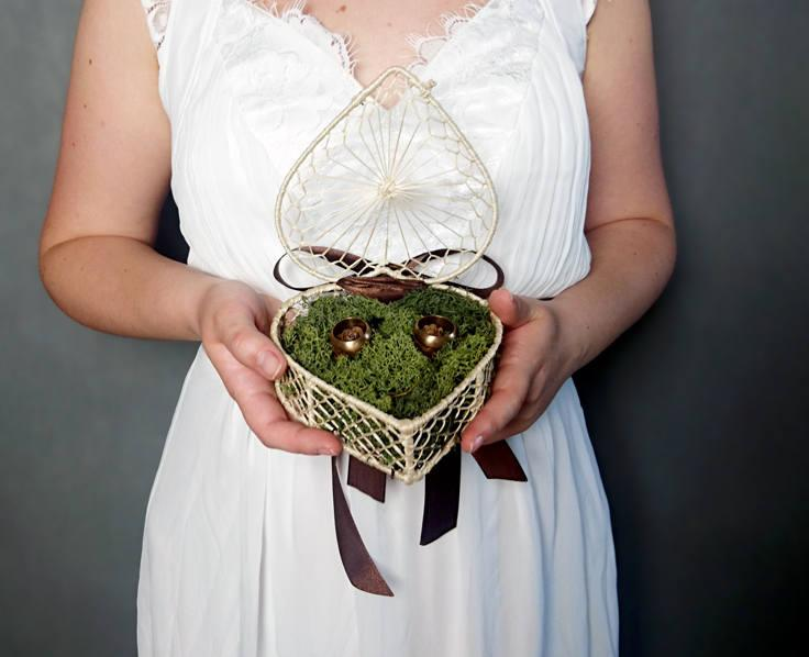 Wedding - Woodland wedding rings box with natural moss and larch cones rustic vintage shabby chic ivory beige green brown satin ribbon bow - $24.00 USD