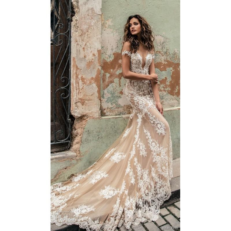 Mariage - Julie Vino Fall/Winter 2018 1504 Blush Sweet Chapel Train Short Sleeves Fit & Flare Illusion Beading Lace Bridal Dress - 2018 Spring Trends Dresses