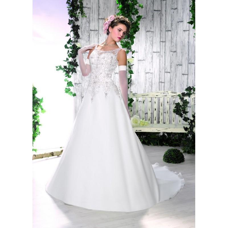 Robes de mari e collector 2016 164 12 superbe magasin for Magasins de robe de mariage milwaukee